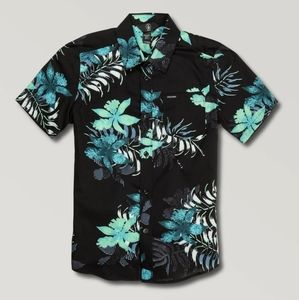Volcom Tropical Hawaiian Toursit button up shirt
